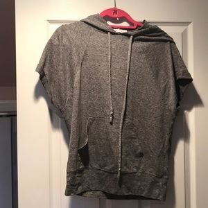 Short sleeve hooded shirt